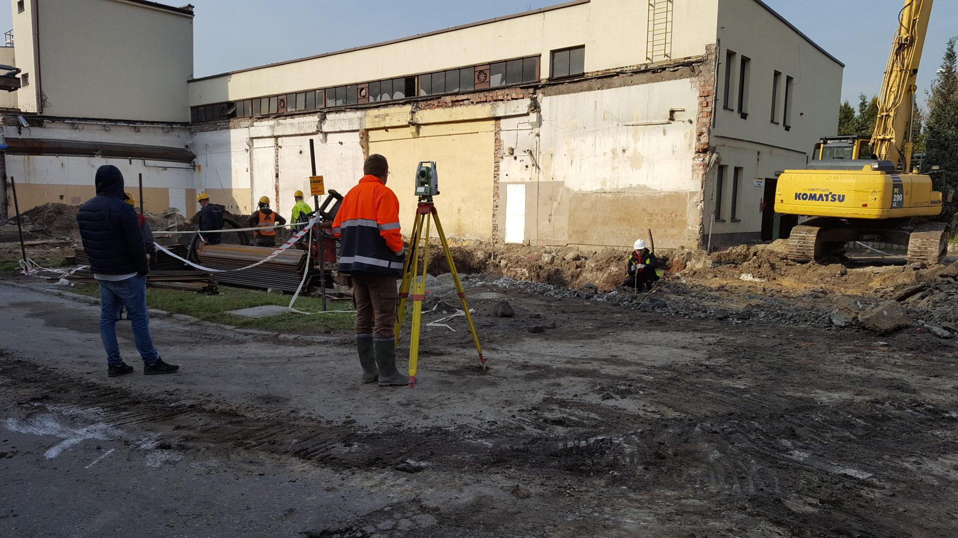 Precyzyjne pomiary wychyleń i osiadań obiektów budowlanych